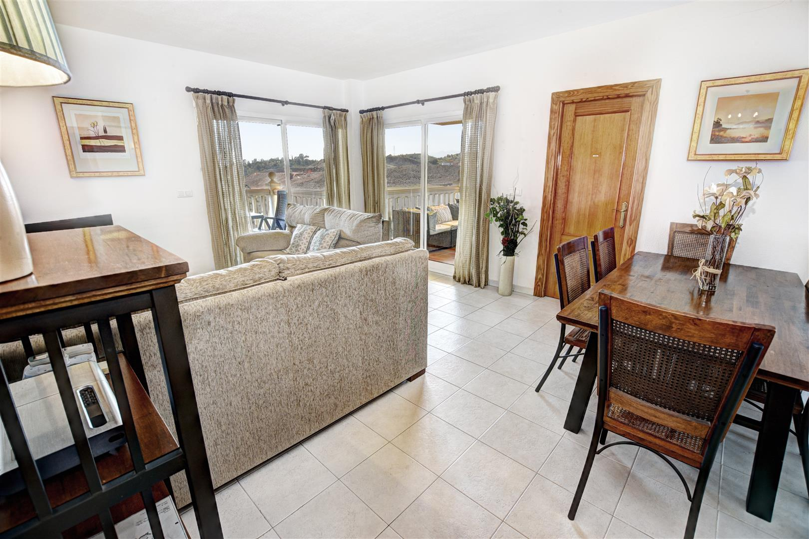2 Bed Apartment for sale in Reserva del Higueron 060_1_2_3_4_5 (Large)