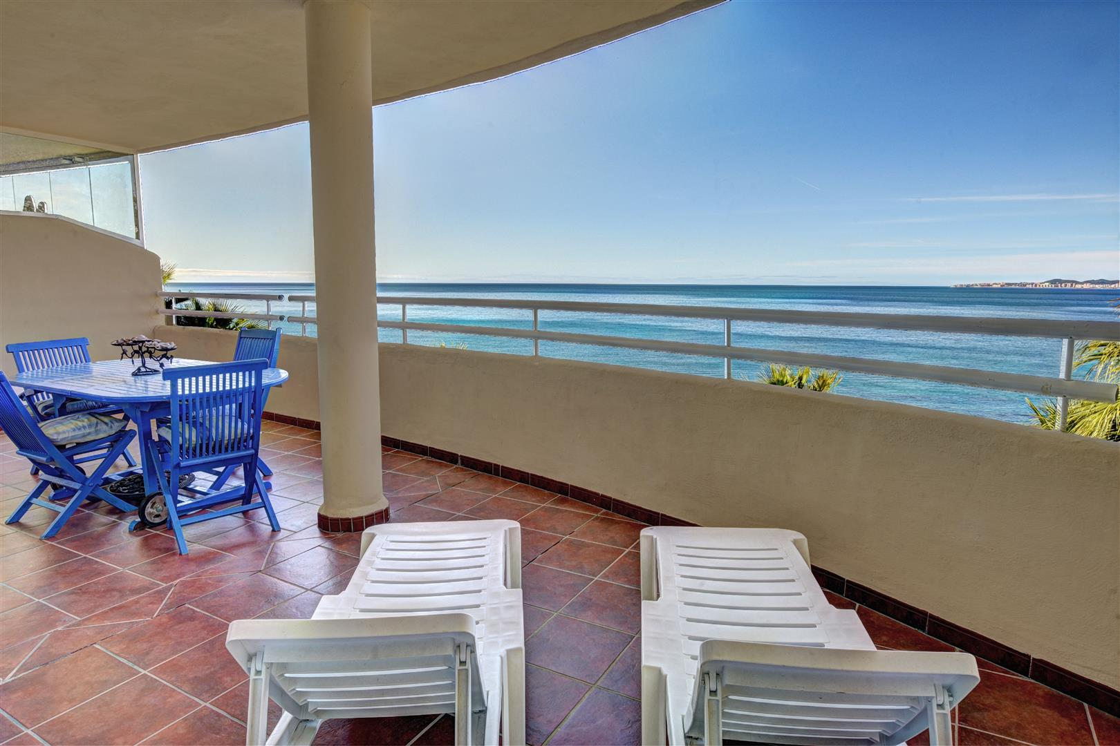 2 bed apartment for sale in Benalmadena Costa Costaquebrada terrace