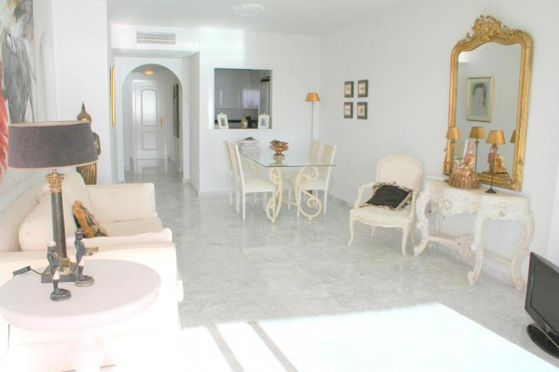 lounge .apartment in Costaquebrada for sale