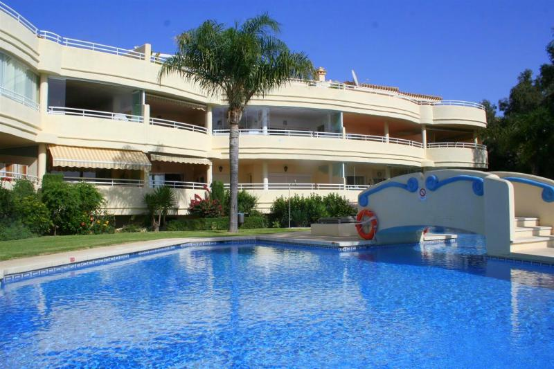 community -apartment in Costaquebrada for sale