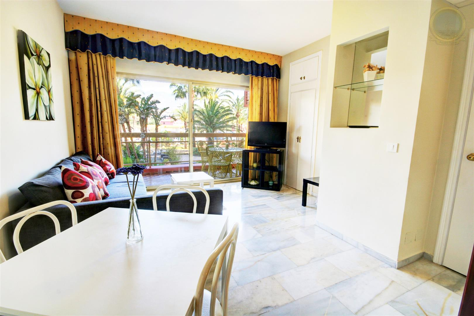 apartment for sale in Sunset Beach Hotel Benalmadena Costa