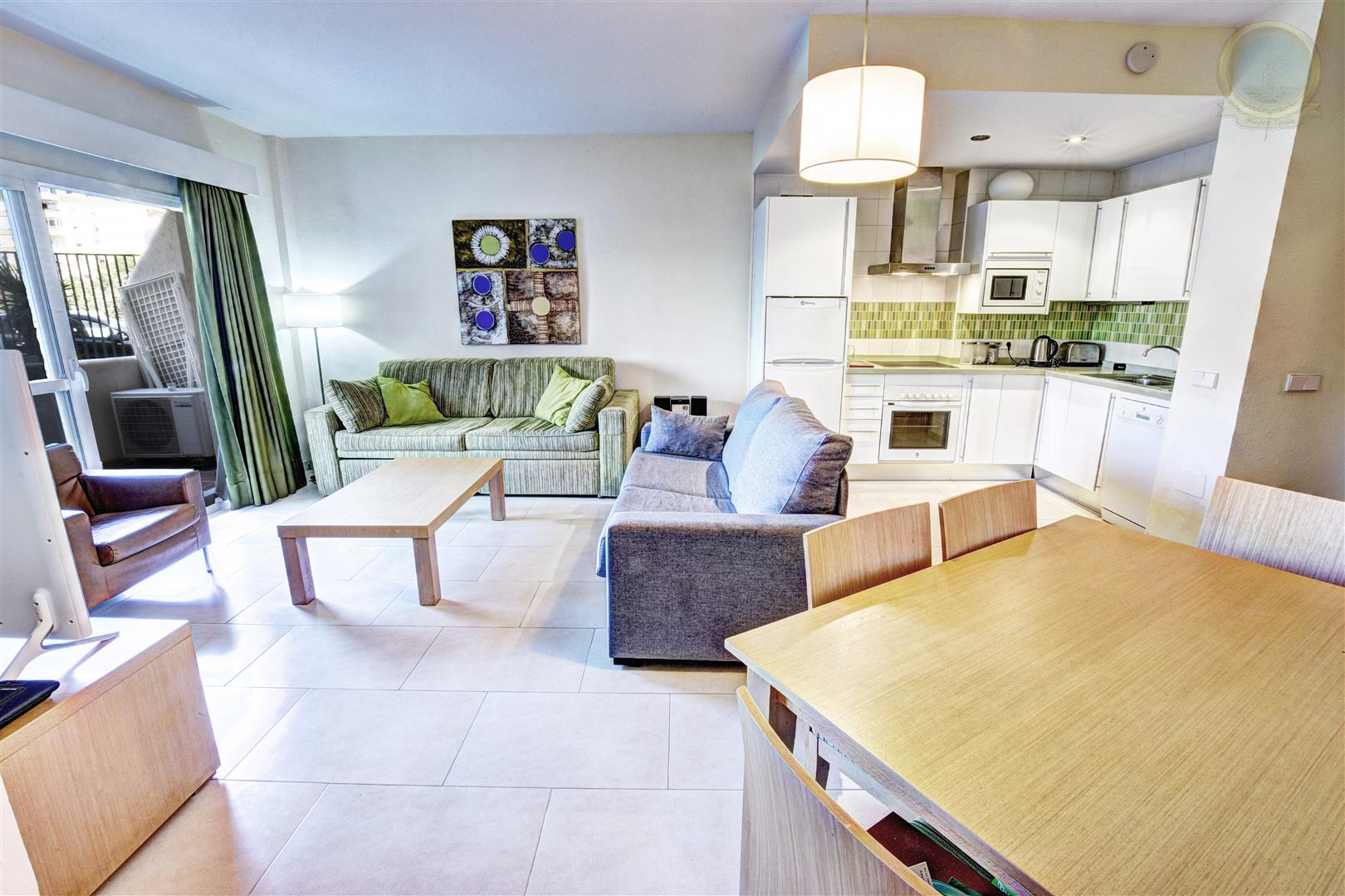 Amazing Large 1 Bed Apartment For Sale In BenalBeach ...