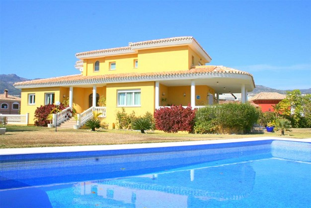 Villas for sale Benalmadena Costa
