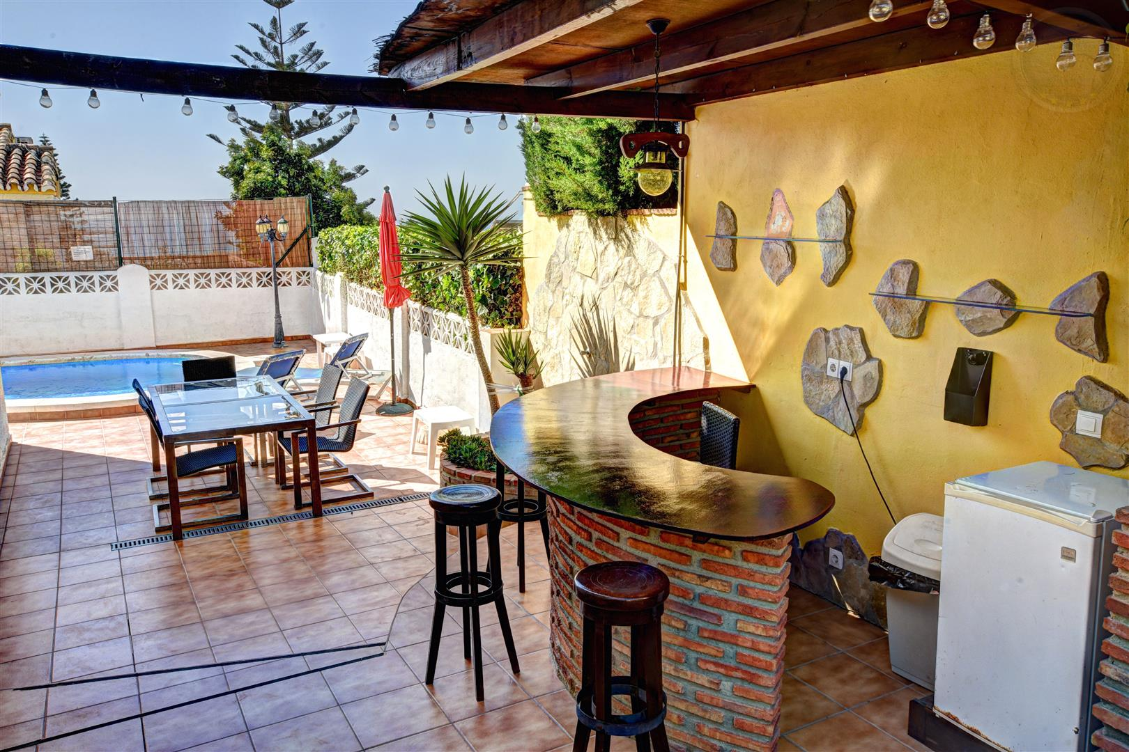 Villa for sale in Arroyo de la Miel 4