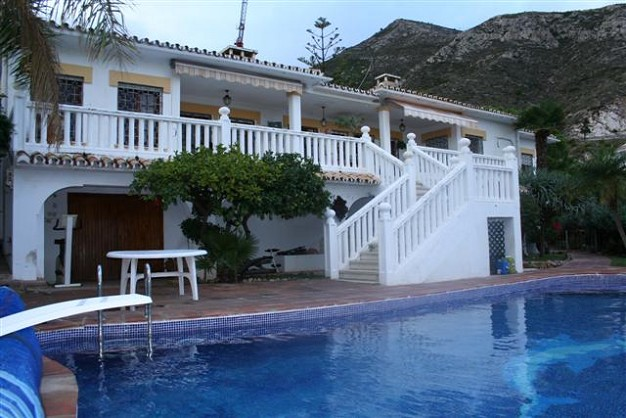 Villas for sale in benalmadena