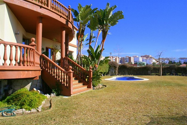 Villas for sale in Benalmadena Costa