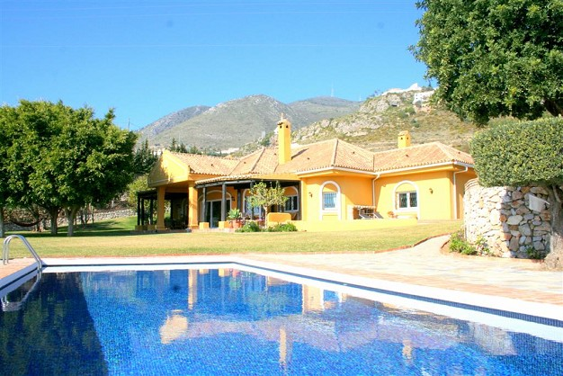 Villas in Benalmadena for sale