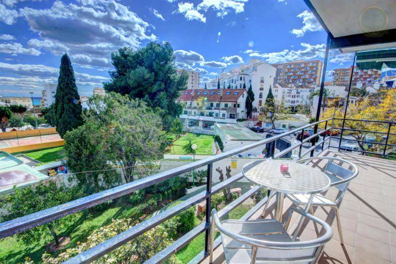 apartment for sale arroyo de la miel 1