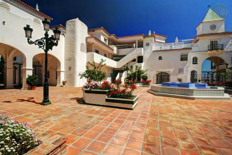 apartment for sale in Benalmadena Costa 1