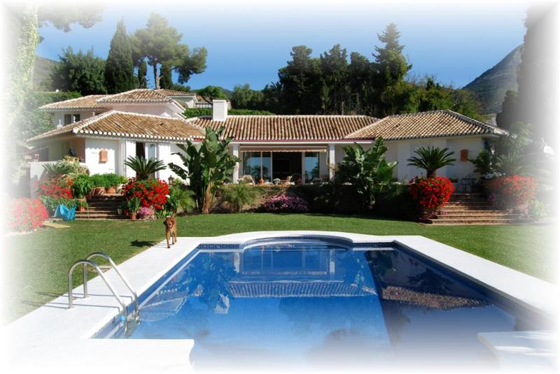 luxury villa for sale in benalmadena