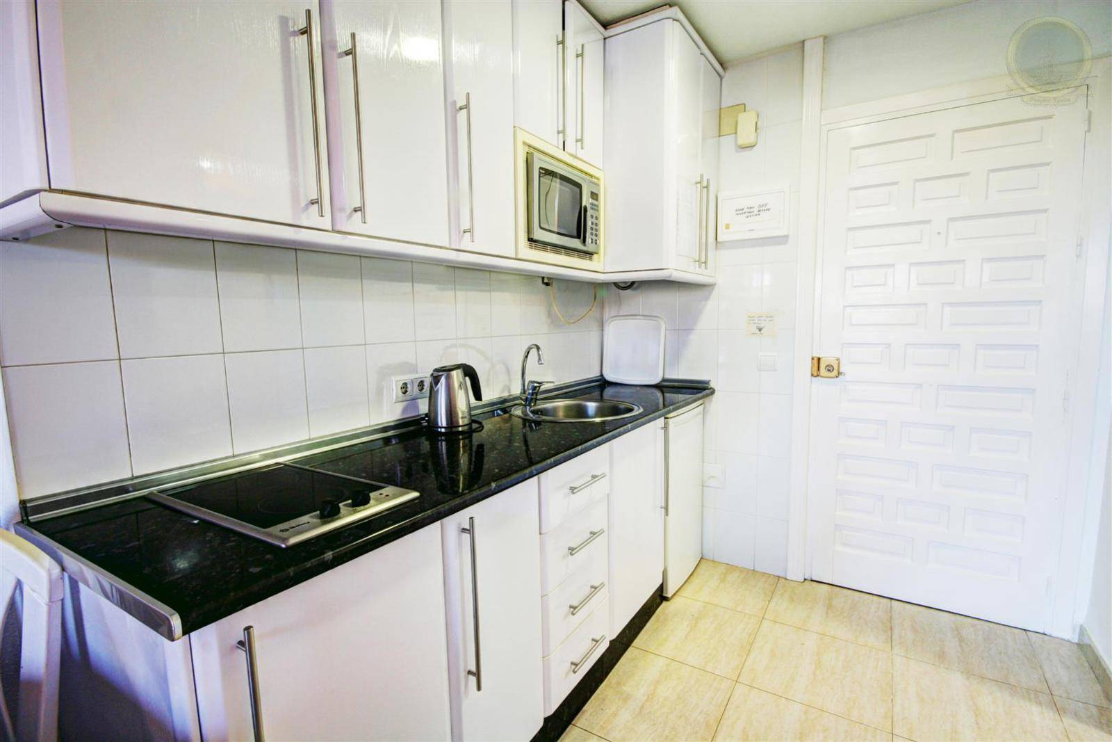 studio for sale in benalbeach 5