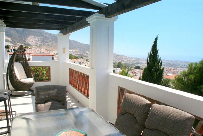 villa for sale in benalmadena pueblo-terrace