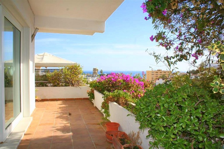 villa for sale in torremuelle outside